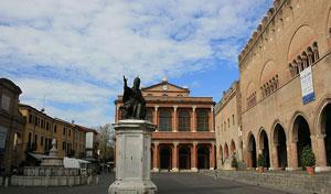 Dettaglio su Piazza Cavour a Rimini